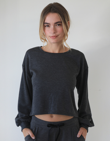 Crop sweat w/ puffy cuff