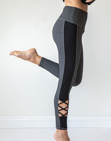 Side panel partial lace-up legging