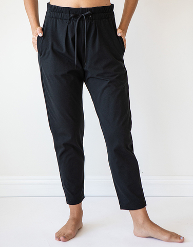 Trouser with tucks